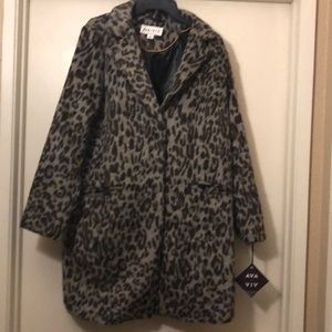 NWT Coat Size X (XL) Faux cheetah print lined cost